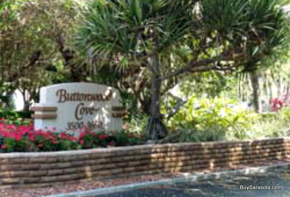 Buttonwood Cove Entrance