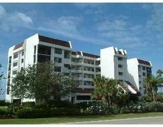 Castillian Longboat Key