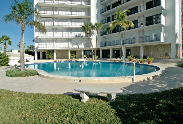 St Armands Towers South Pool